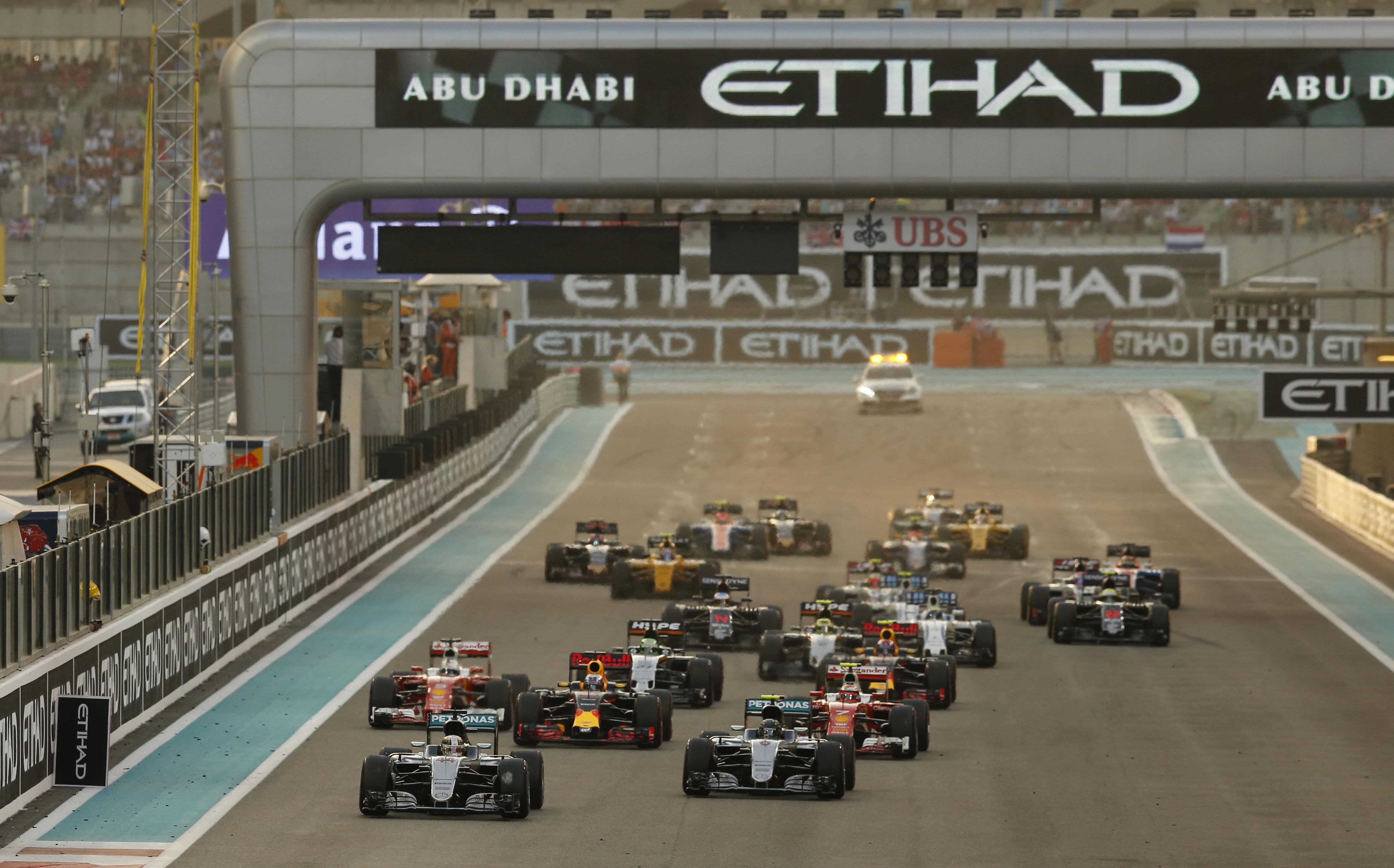 © Mercedes - La saison se terminera, comme de tradition, de nuit, à Abu Dhabi