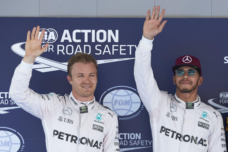 Le premier virage sera décisif entre les deux pilotes Mercedes