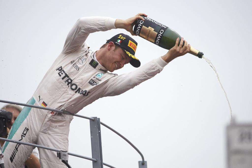 © Mercedes - Malmené le samedi mais vainqueur le dimanche : Nico Rosberg décroche une première victoire précieuse à Monza !