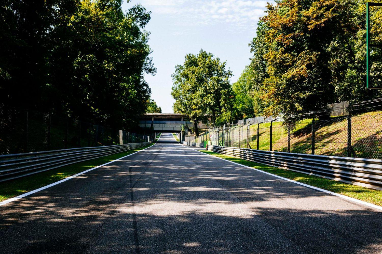 © Ferrari - Qui prendra le meilleur dans le temple de la vitesse ?