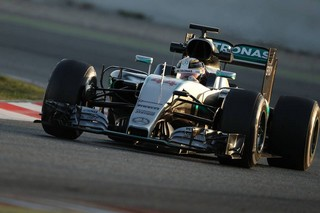 © Mercedes - Hamilton a affuté au mieux sa W07 en vue du nouveau format de Qualifications.