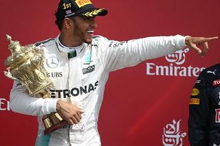 © Mercedes - Lewis Hamilton, élu par les lecteurs en tant que champion Motors Inside 2016 !
