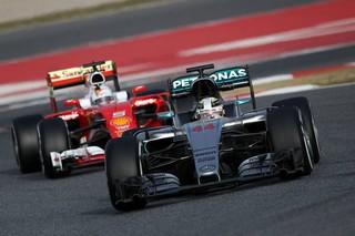 © Mercedes - Vettel à la chasse de Lewis Hamilton dés ce week-end en Espagne ?