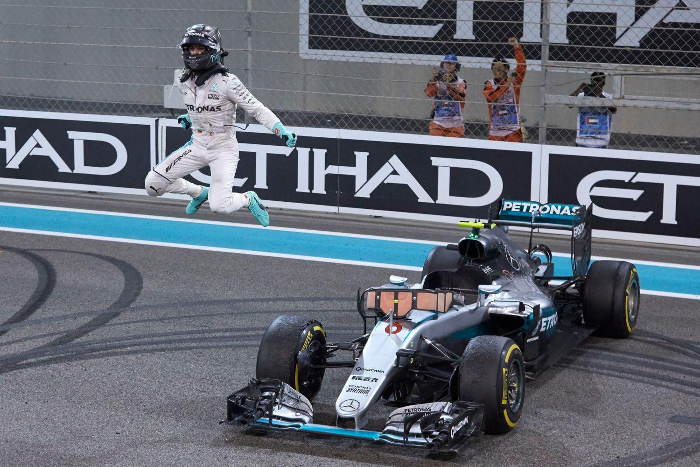 Qui pour remplacer Nico Rosberg chez Mercedes ?