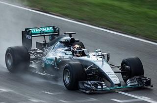 © Pirelli - Wehrlein est bel et bien en pole position pour remplacer Rosberg chez Mercedes