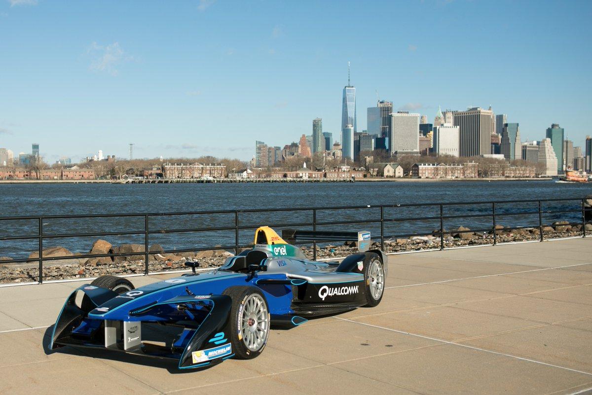© FIA Fomula E - Les gratte-ciels, l'Hudson et la Formule E !