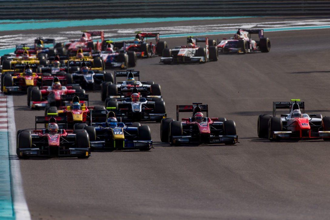 © FIA - Petit coup de pouce de la FIA à la F2