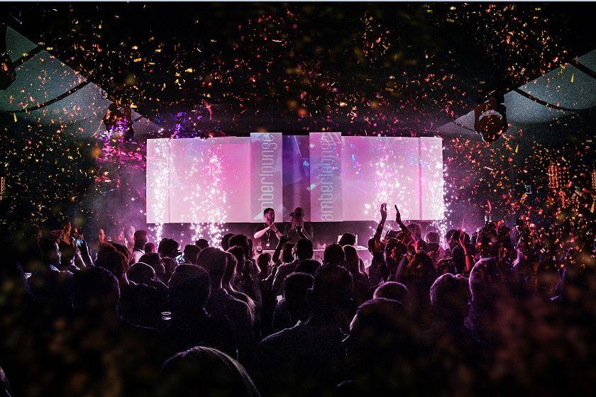 © Amber Lounge - La fête a duré jusqu'à l'aube