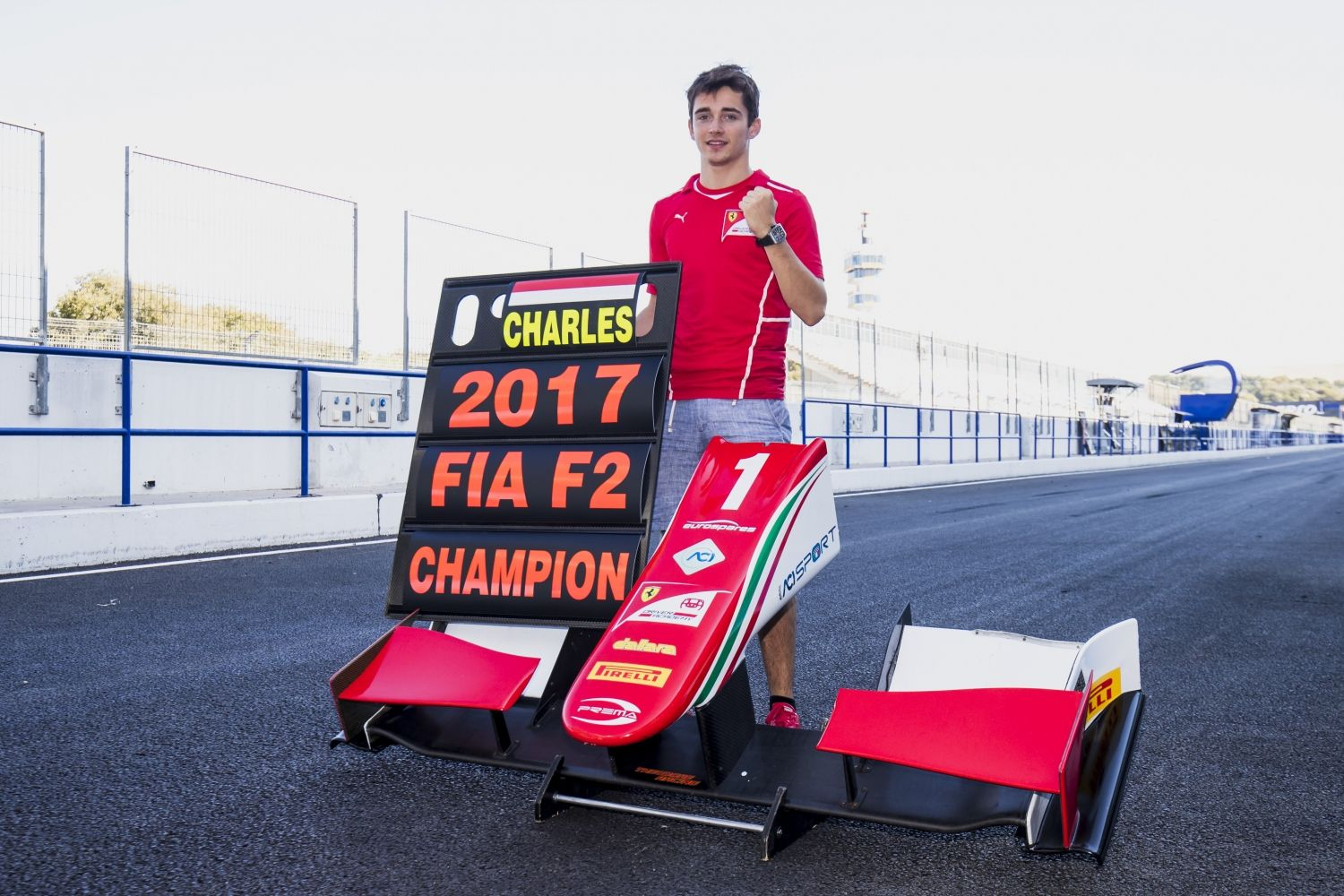 © F2 Media Service - Travail accompli pour Charles Leclerc