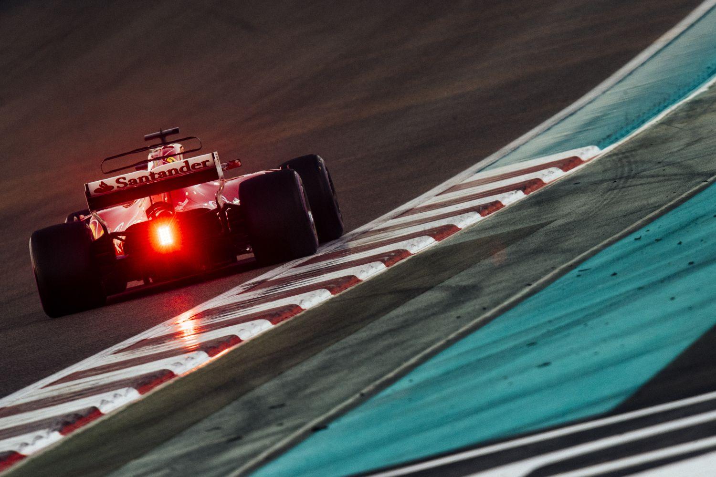 © Ferrari - Feu rouge pour Santander chez Ferrari