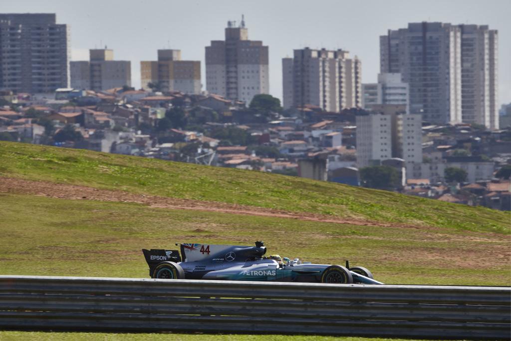 © Mercedes - Interlagos est situé en pleine ville, ce qui le rend vulnérable