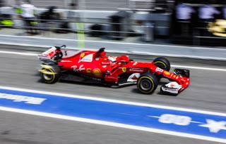© C.Ciampini/MotorsInside - Problème technique pour Vettel avant les qualifications