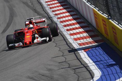 © Ferrari, Leclerc signe le meilleur temps à Sotchi