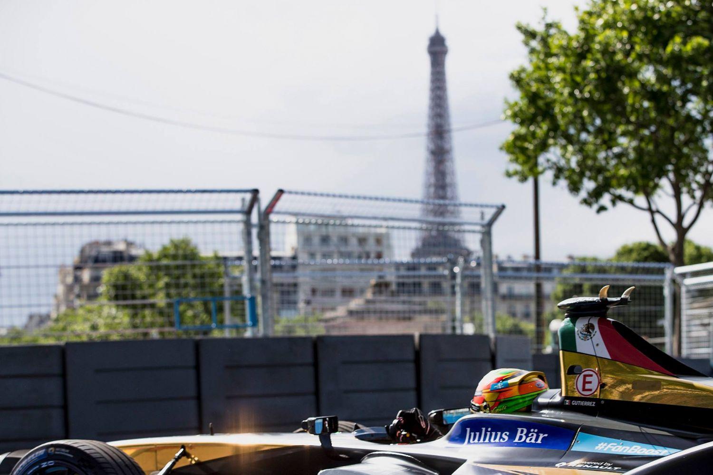 © Fia/Formula E - Premiers tours et premières sensations autour du tracé des Invalides