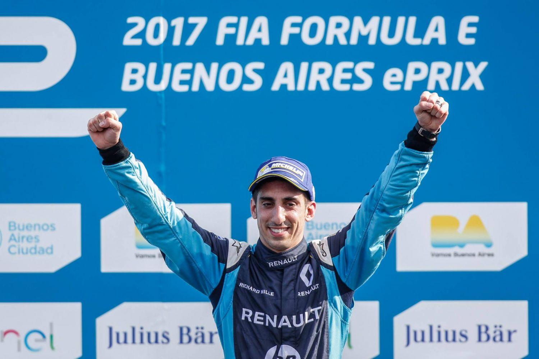 Un hat-trick et une position ultra-confortable au sommet de la Formule E pour Buemi