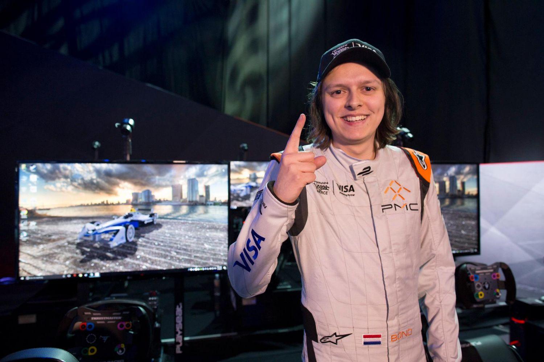 © Fia/Formula E - Le sim-racer hollandais Bono Huis, vainqueur après coup de la toute première eRace !