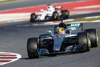 © Mercedes - Hamilton est encore devant !