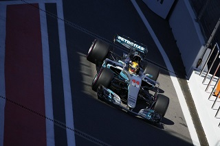 © Mercedes - Tout est allé de travers pour Hamilton ce week-end