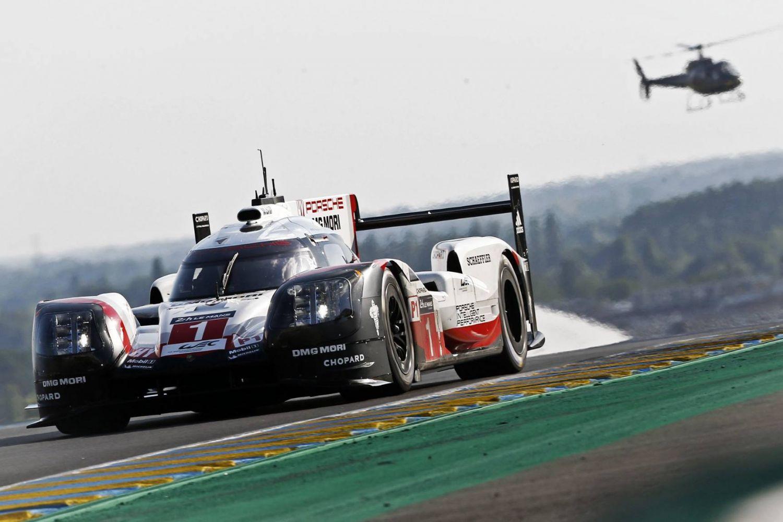 © Porsche - L'équipage n°1 en route vers la victoire