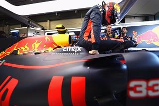 © Red Bull - Verstappen en Rainmaster à Sepang