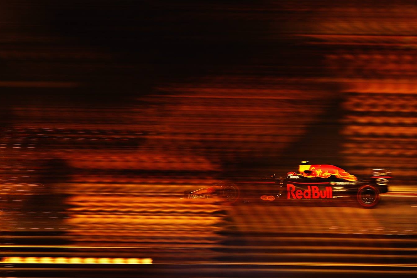 © Red Bull - Verstappen n'aura pas vu le drapeau à damiers à Sakhir