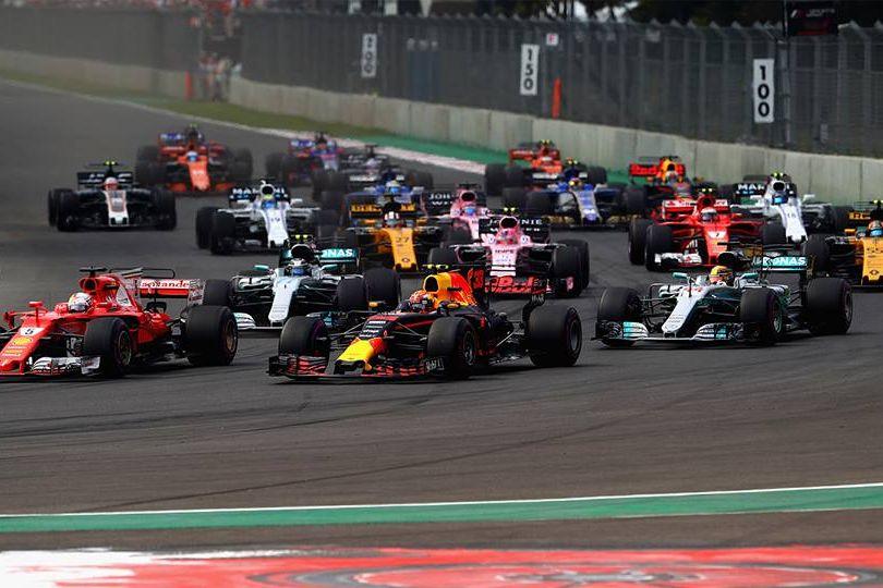 © Red Bull - Verstappen vole la vedette à Hamilton, le nouveau quadruple champion du monde de Formule 1 !