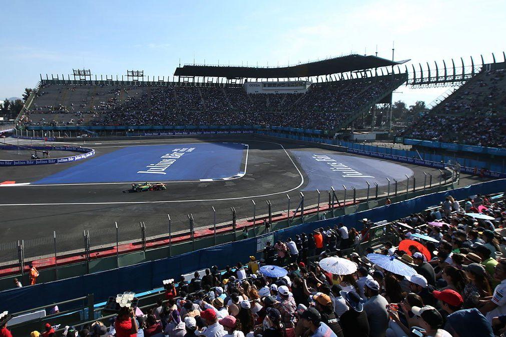 Le stadium de Mexico