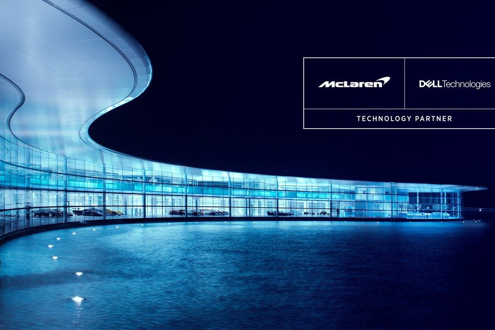 © McLaren - McLaren attire de nouveau