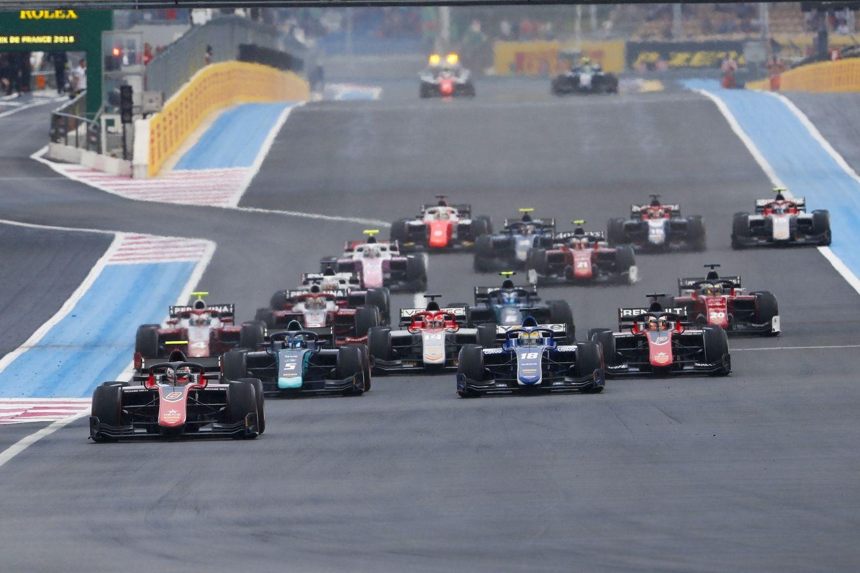 © FIA F2 Series - La F2 est sous le feu des projecteurs