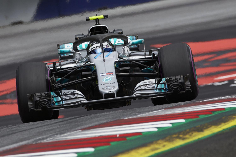 © Mercedes - Deuxième pole consécutive en Autriche pour Valtteri Bottas