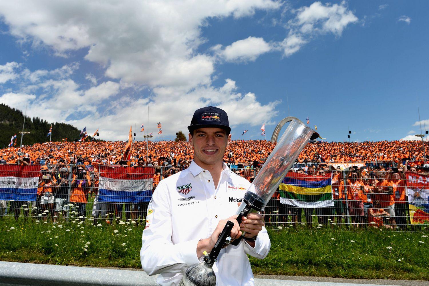 © Red Bull - Max Verstappen a pu célébrer sa victoire face à ses nombreux fans