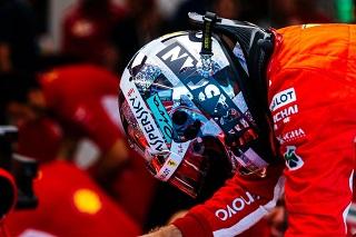 © Ferrari - Encore une erreur pour Vettel qui a touché le mur !