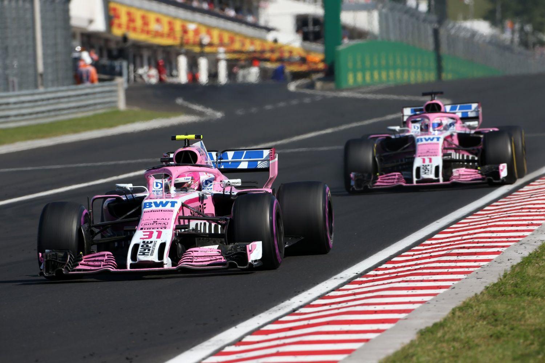 © Force India - Bons résultats et vagues financières chez les roses