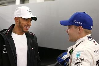 © Mercedes - Les deux pilotes Mercedes paraissent intouchables à Barcelone