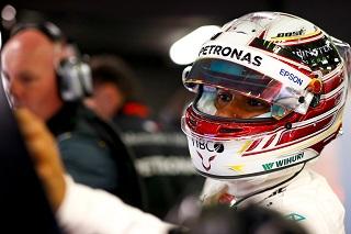 © Mercedes - Hamilton est déjà devant !