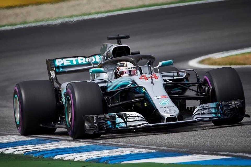 © Mercedes - Hamilton est revenu du diable vauvert pour empocher la mise et récupérer la tête du championnat !