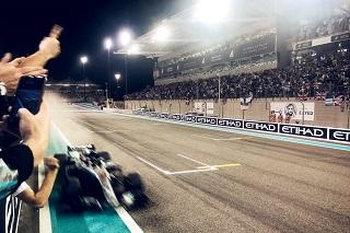 © mercedes - Hamilton remporte sa 11ème victoire cette année