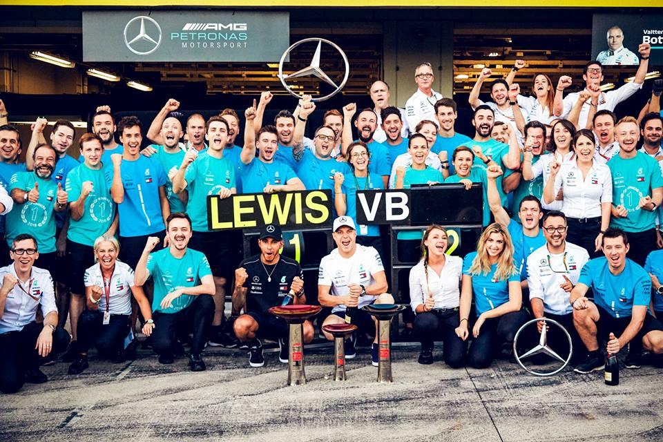 © Mercedes - L'équipe allemande a décroché à Suzuka son quatrième doublé de la saison