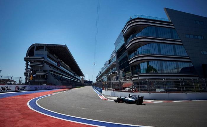 © Mercedes - Un dernier virage atypique pour aller chercher le meilleur temps et une bonne vitesse de pointe