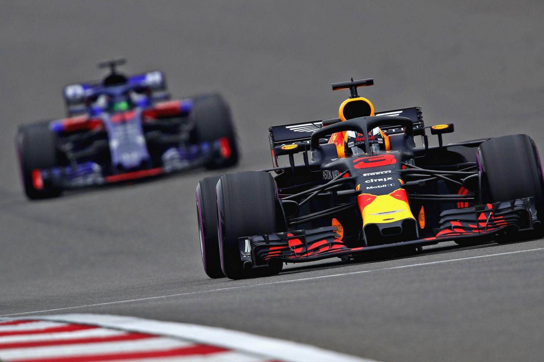 © Red Bull - Bien aidé par l'accident des Toro Rosso, Ricciardo remporte une course pleine de rebondissements !