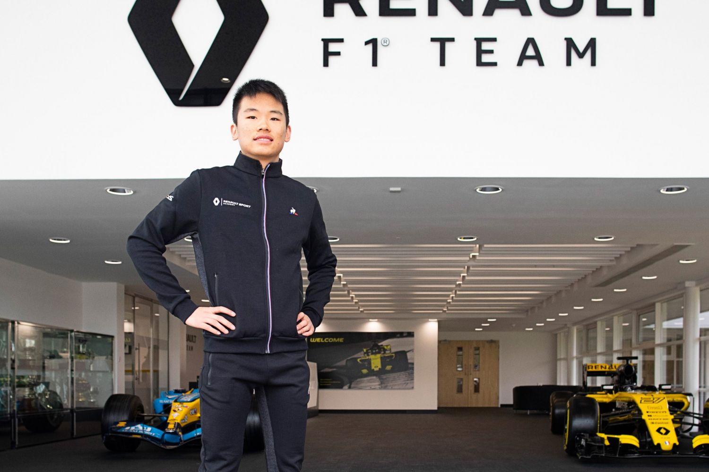 © Renault - Yifei nouveau membre de l'académie de jeunes pilotes de Renault