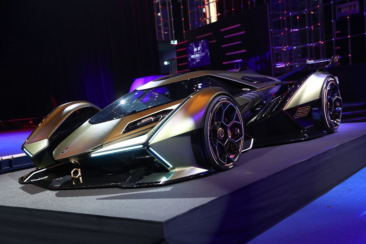 © Gran Turismo - La Lamborghini V12 semble tout droit sortie d'un film de science-fiction