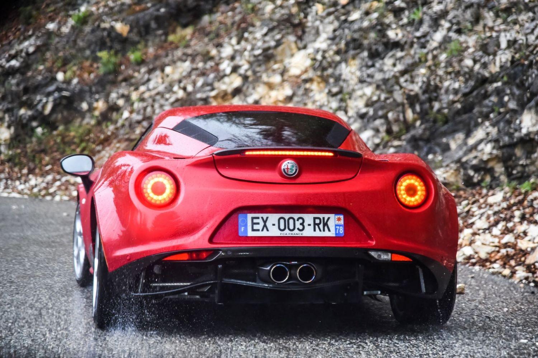 L'arrière de l'Alfa Roméo 4C