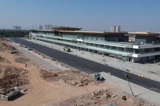 © F1 - La piste est encore en pleine construction