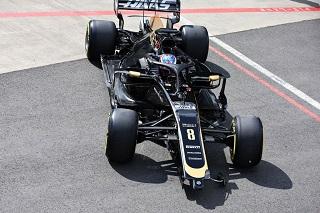 © Haas - Grosjean en grosse difficutés !