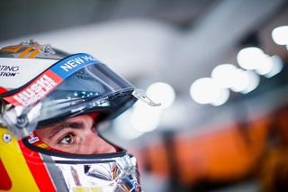 © McLaren - Carlos Sainz en discussion avec McLaren