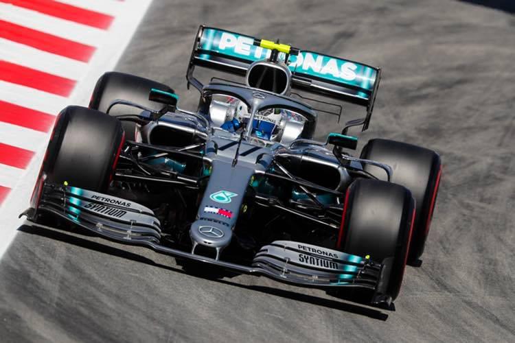 © Mercedes - Bottas a dominé la séance mais une inquiètude subsiste sur sa W10