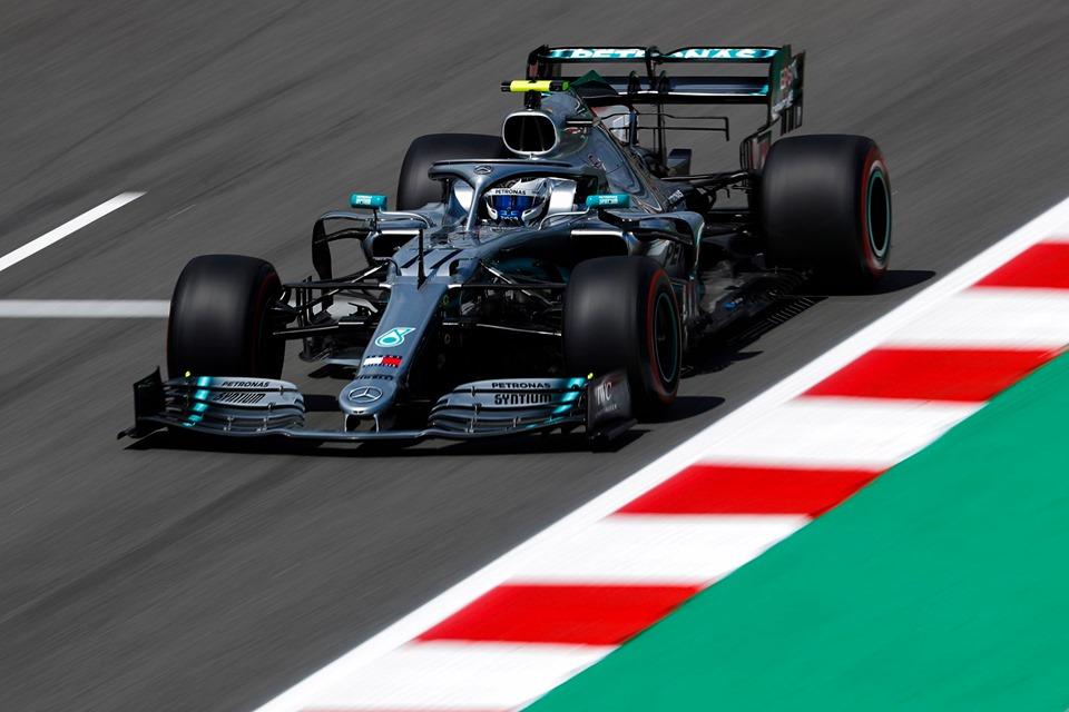© Mercedes - Bottas surclasse le reste du plateau !