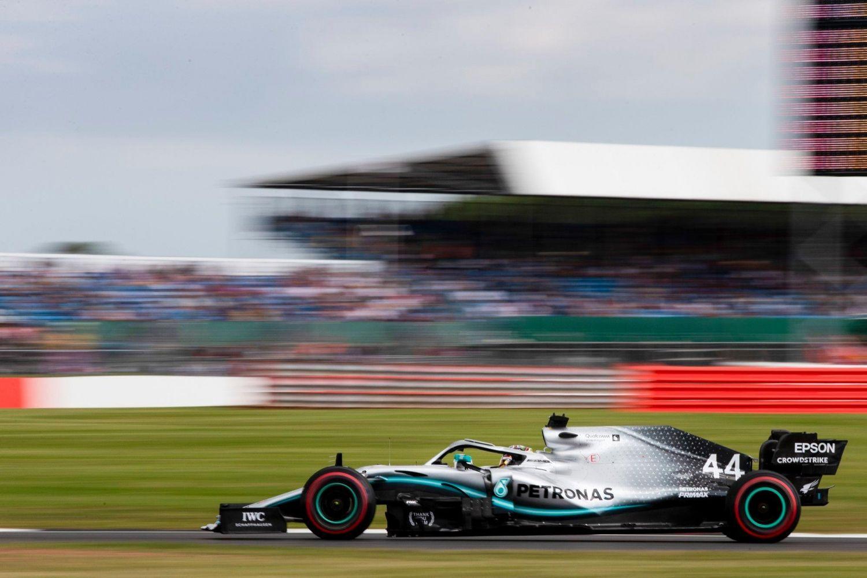 © Mercedes - Lewis Hamilton remporte un nouveau Grand Prix à domicile !