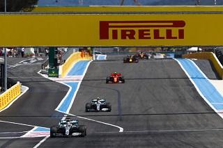 © Mercedes - Hamilton aura mené la totalité des tours du GP